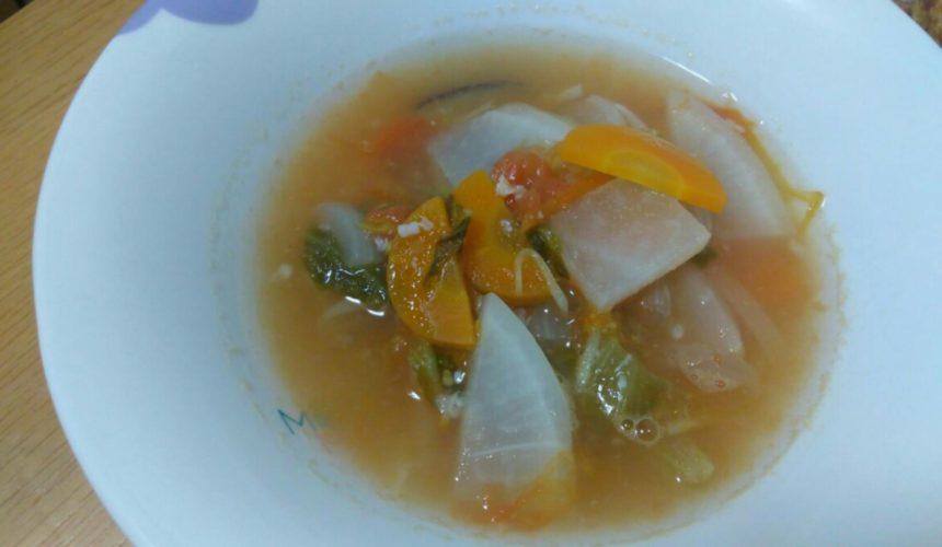 レタスの重ね煮スープ